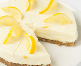 Lemon Crunch Cheesecake