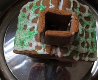gingerbread house with lemon frosting and happy new year!!