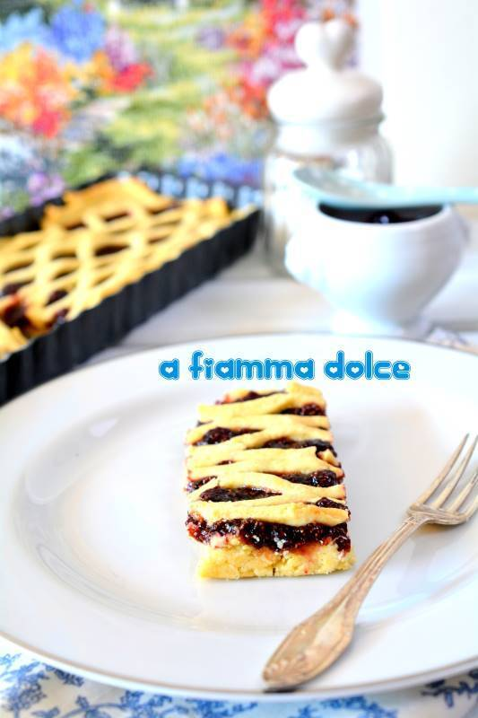 Crostata ai mirtilli con frolla vegan al mais