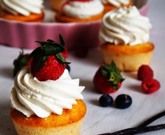 Filled Strawberry Shortcake Cupcakes with Vanilla Cream Frosting... I love you so much!
