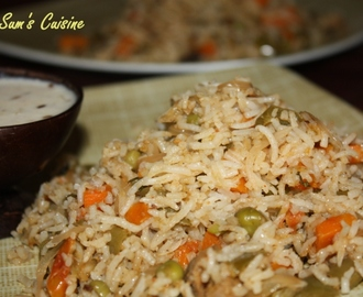 Vegetable Biryani and Simple Onion Raita