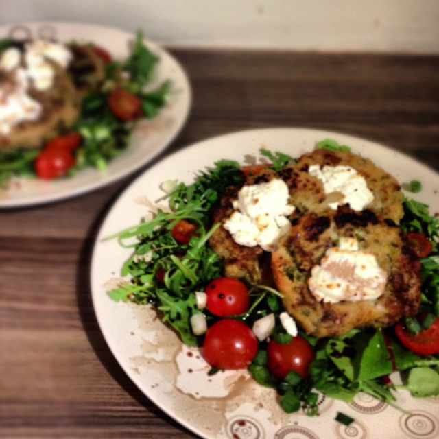 Risotto Cakes with Goat's Cheese and Salad