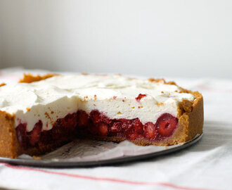 Sugar Free Raw Recipes - Strawberry and Coconut Cream Pie