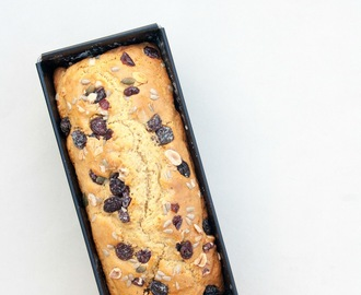 Plumcake light con frutta secca e semi / Light Plumcake with dried fruits and seeds