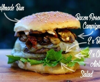 Provolone Beef Burger mit Bacon Rosmarin Champignon Topping