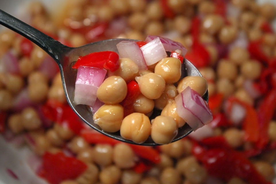 Chickpea (Garbanzo Bean) & Sweet Red Pepper Salad