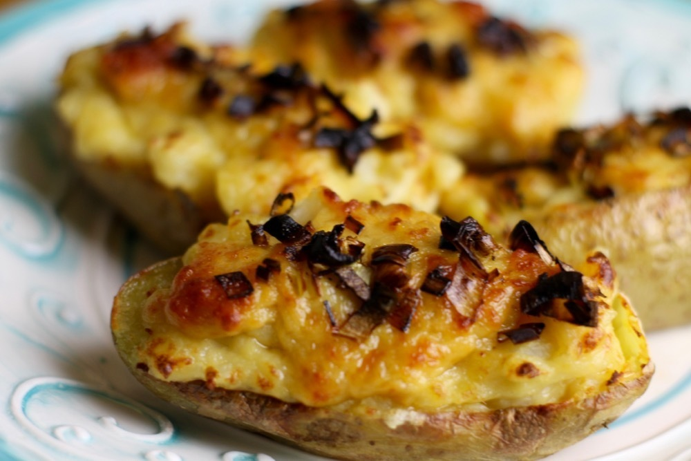 Welsh Rarebit Loaded Potatoes With Crispy Leeks
