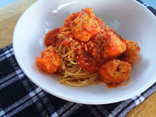 Weeknight Dinner: Easy Chicken Meatball Spaghetti Bolognese