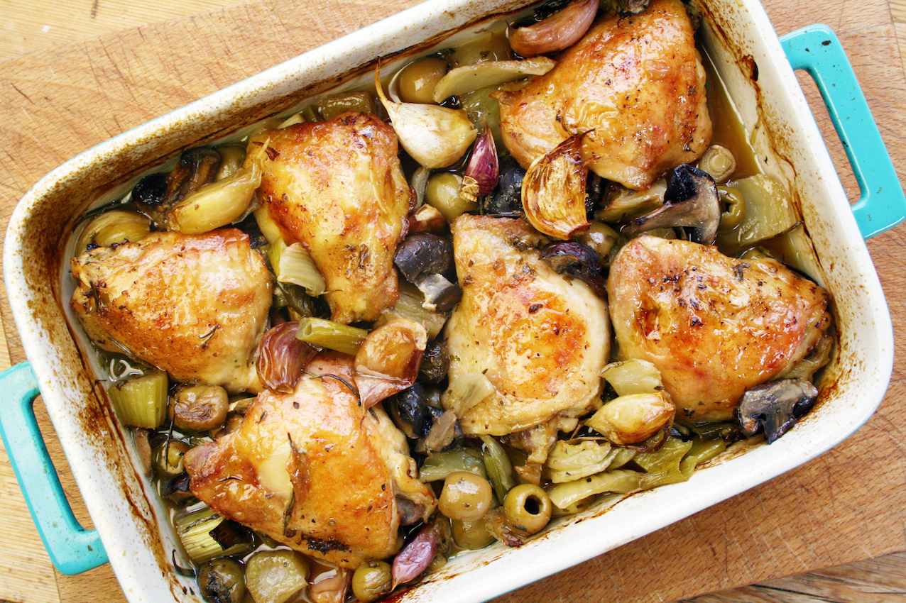 garlic, mushroom and olive chicken thighs