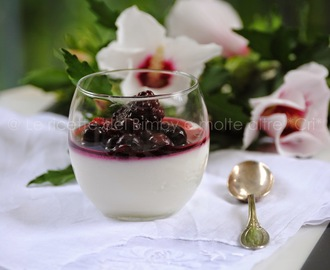 CHANTILLY ALLO YOGURT CON FRUTTI DI BOSCO