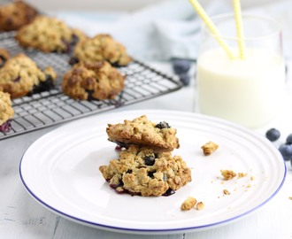 Blueberry & Lime Oat Cookies