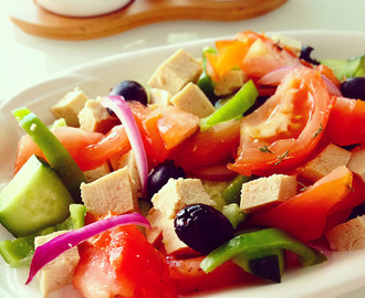 Insalata greca vegetale| Vegan greek salad