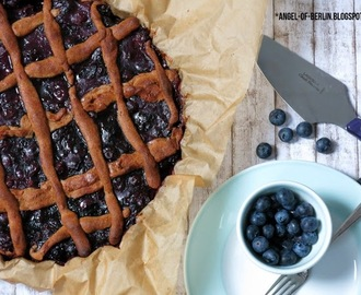 "[bakes…] Spelt Blueberry Tarte / Bookreview ""Anders Backen"""