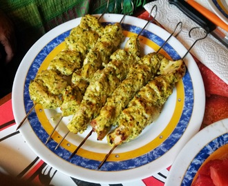 Brochetas de Pollo con Yogurt y Curry