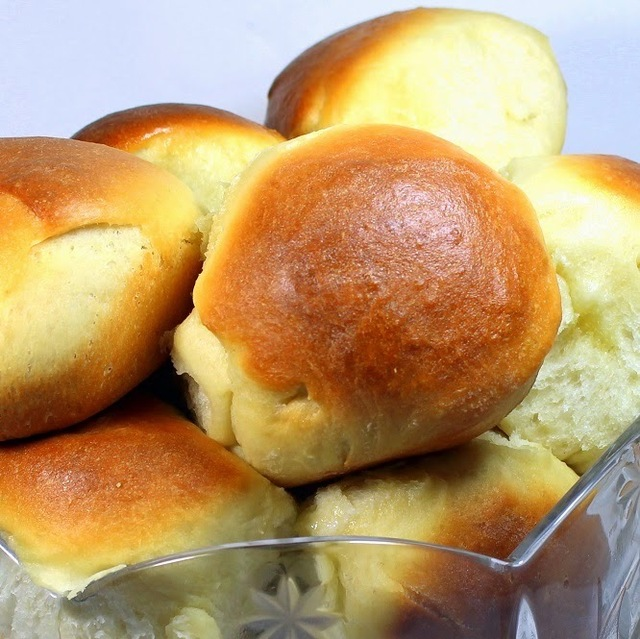 Better Than HAWAIIAN SWEET ROLLS (Bread Machine EASY!) - 52 Church PotLuck Dishes