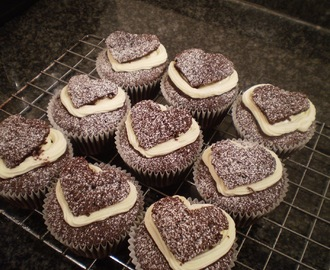 Valentine's day Guinness cakes and card
