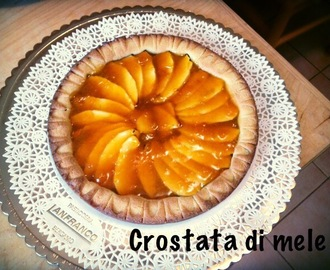 Come fare la crostata di mele con base di pasta frolla con video ricetta