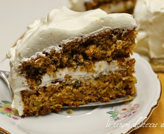 Carrot cake  with cream cheese frosting - la torta di carote anglo-americana