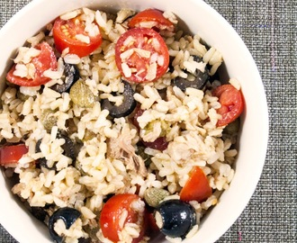 Riso integrale con pomodorini, capperi e olive / Whole wheat rice with cherry tomatoes, capers and olives