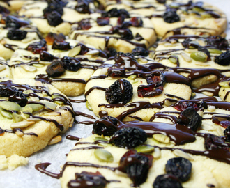 shortbread biscuits with chocolate, mixed seeds and fruit