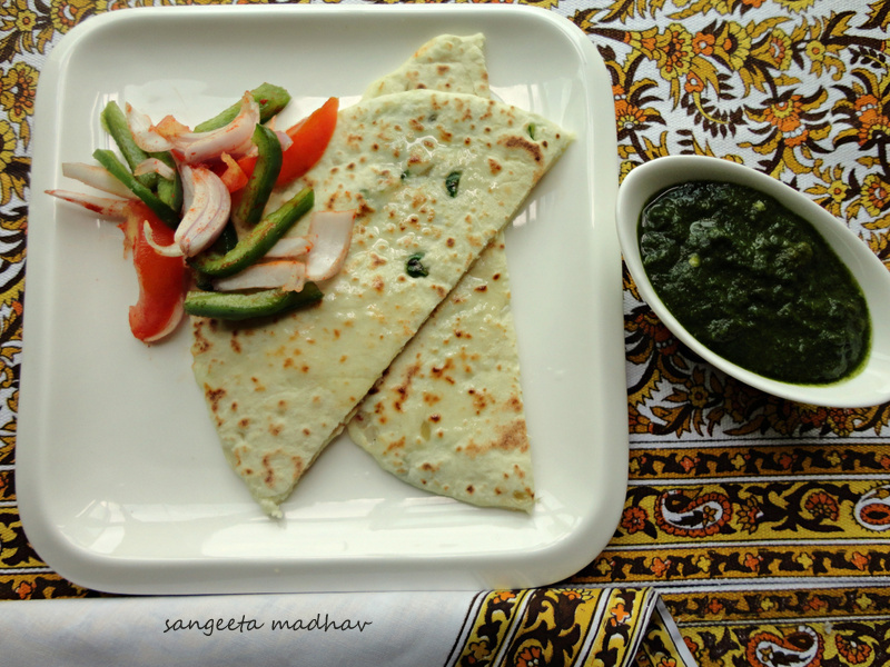 Paneer Kulchas... Indian Bread Stuffed with Cottage Cheese:) A lazy Sunday Offering!