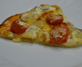 Pizza vegetal con nata