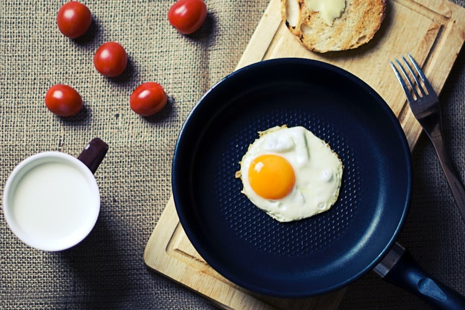 HOW TO COOK THE IDEAL EGG, 5 WAYS
