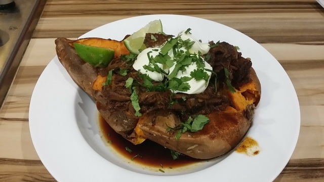 baked sweet potato with slow cooker bbq beef