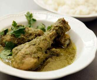 How to make Mallika Basu's green chicken curry