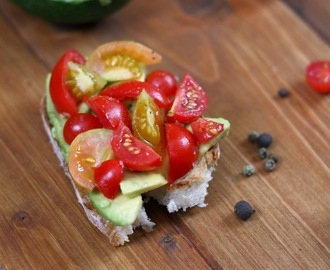 Avocado toast, ultimi soffi d'estate