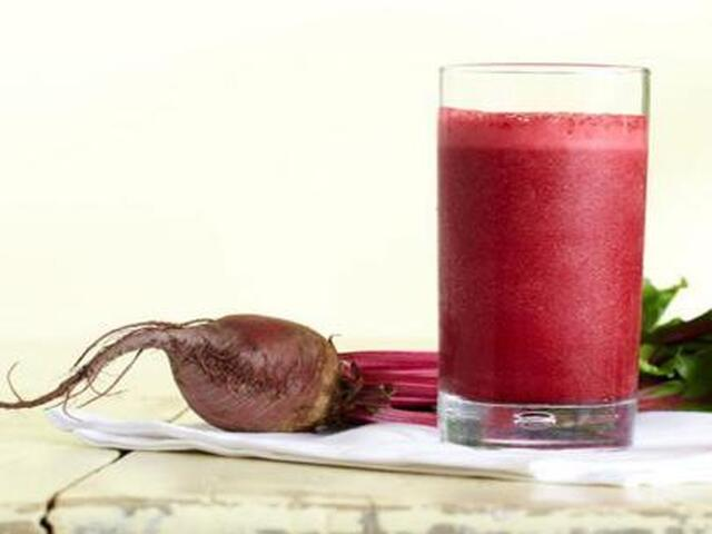 Beet, Strawberry, Cranberry Smoothie