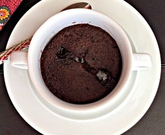 Healthy Gluten Free Microwave Chocolate Cake in a Mug