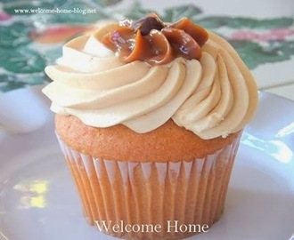 Vanilla Cupcakes With Caramel Buttercream Frosting
