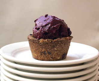 Chickpea Chocolate Chip Cookie Cups + Black Currant Coconut Ice Cream = Summer