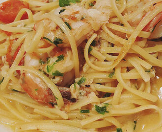 Slimming World - Spaghetti with Prawns, Chilli and Tomatoes