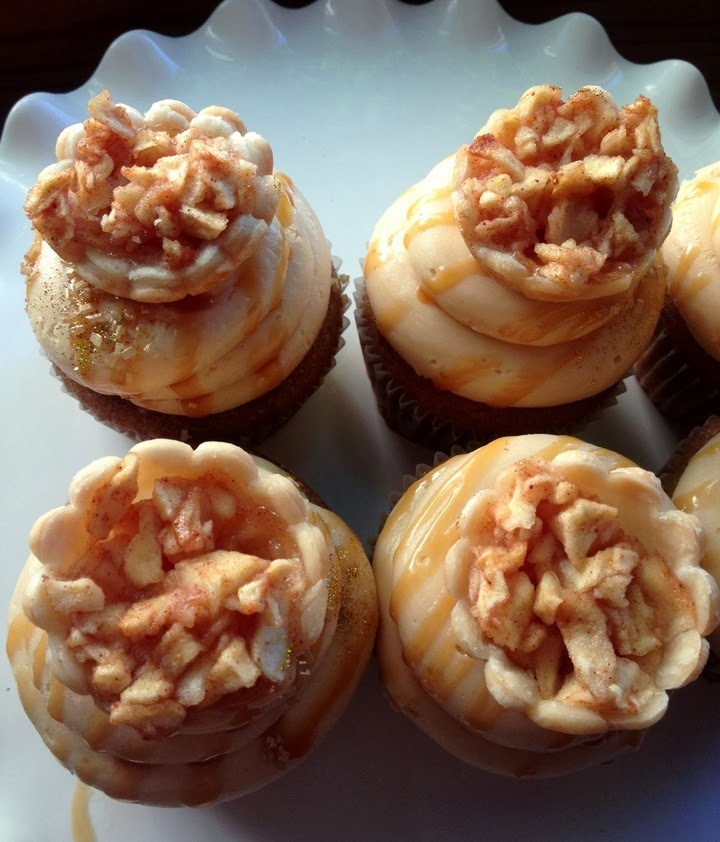 Caramel Apple Pie Cupcakes ♥