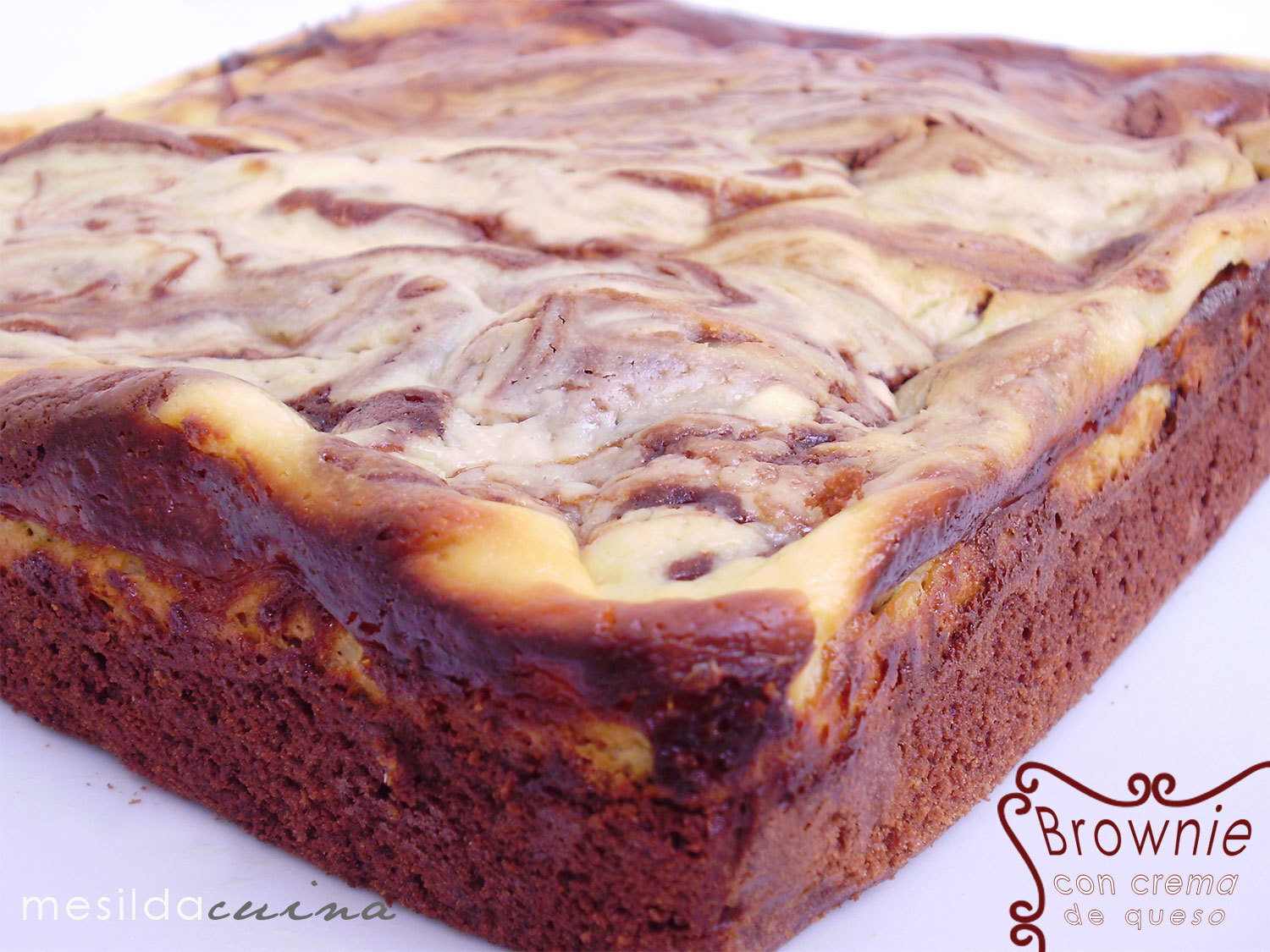 BROWNIE CON CREMA DE QUESO