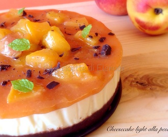 CHEESECAKE LIGHT ALLA PESCA SENZA COTTURA