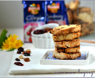 Biscotti gluten free miele e frutti rossi | Gluten free honey-red fruit cookies