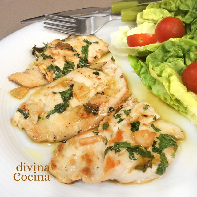 Filetes de pollo al ajillo