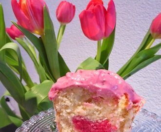Valentin`s Cupcake with Love