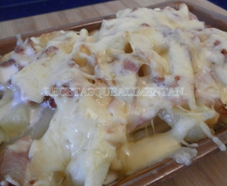 PATATAS FOSTER HOLLYWOOD, bacon & cheese fries