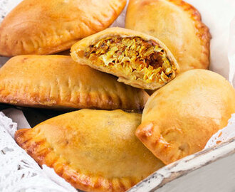 Empanadillas de pollo al curry