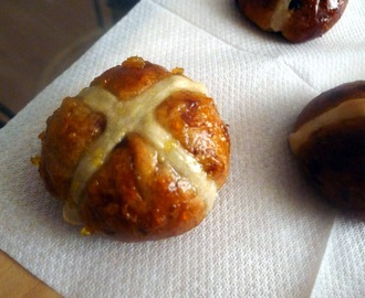 Hot Cross Buns with Dates & Chocolate