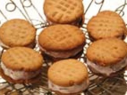 Peanut Butter Cookie Sandwiches Stuffed with Grape Jelly Ice Cream