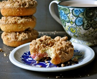 Rhubarb Crumble Baked Donuts
