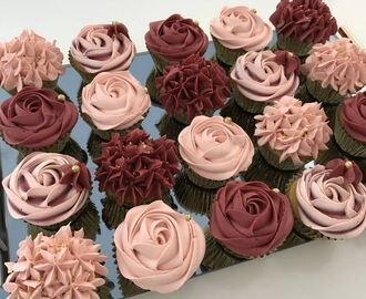 Image result for burgundy pink gold and white cupcakes | Ashley's wedding ideas | Pinterest | Wedding, Cake and Cupcakes