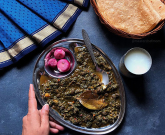 Palak Channa | Spinach and Black Garbanzo Bean Curry Recipe