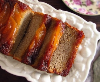 Banana cake with caramelized pear