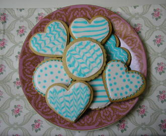 Galletas de mantequilla decoradas con glasa